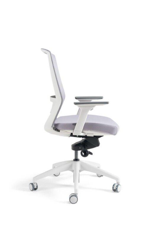 Pisarniški stol J17 WLN