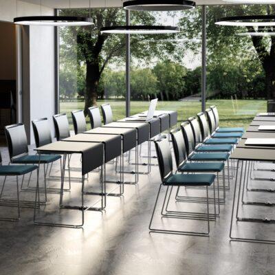 Konferenčni pisarniški stoli